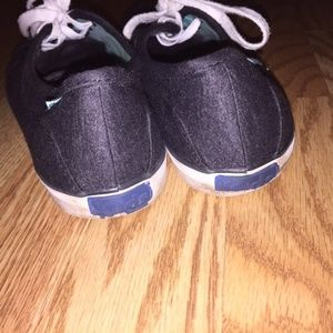 Keds Shoes - KEDS Womens Grey Lace Up Sneaker Shoes - Size 9